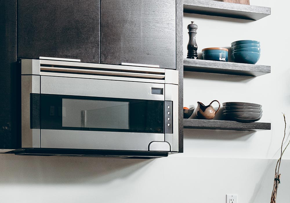 Studies Show Microwaves Drastically Reduce Nutrients In Food
